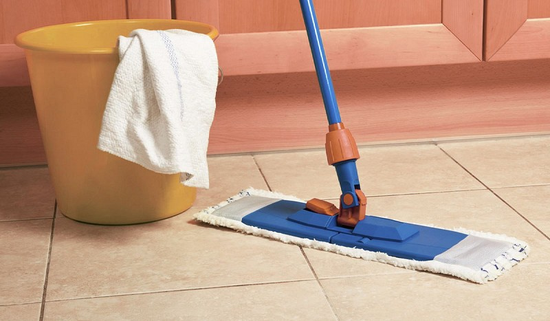 Acquista online FLOOR CLEANER Showroom